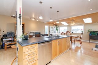 Photo 10: 2129 Malaview Ave in : Si Sidney North-East House for sale (Sidney)  : MLS®# 870866