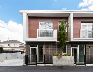 """Photo 2: 536 W KING EDWARD Avenue in Vancouver: Cambie Townhouse for sale in """"CAMBIE + KING EDWARD"""" (Vancouver West)  : MLS®# R2593920"""