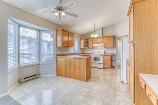 Photo 9: 220 13895 102 AVENUE in Surrey: Whalley Townhouse for sale (North Surrey)  : MLS®# R2433683