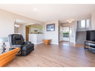 """Photo 12: 2280 MOUNTAIN Drive in Abbotsford: Abbotsford East House for sale in """"MOUNTAIN VILLAGE"""" : MLS®# R2611229"""