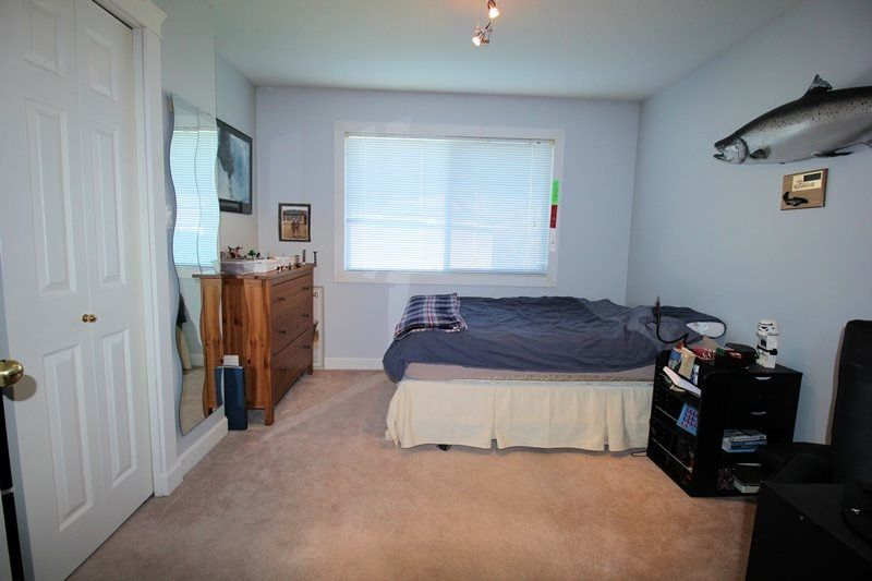 Photo 13: Photos: 22266 47 AVENUE in Langley: Murrayville House for sale : MLS®# R2323768