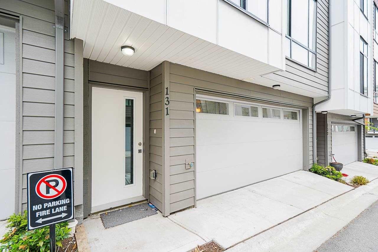 Photo 2: Photos: 131 16433 19 Avenue in Surrey: Grandview Surrey Townhouse for sale (South Surrey White Rock)  : MLS®# R2578844