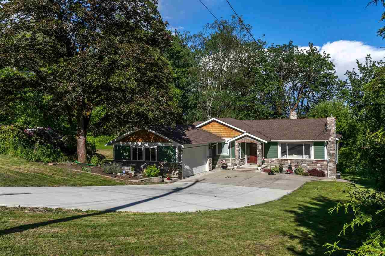 Main Photo: 9940 272 Street in Maple Ridge: Whonnock House for sale : MLS®# R2068034