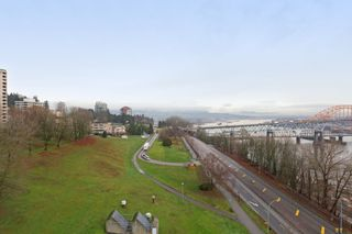 """Photo 14: 1101 125 COLUMBIA Street in New Westminster: Downtown NW Condo for sale in """"NORTHBANK"""" : MLS®# R2231042"""