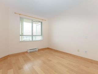 """Photo 10: 1802 5189 GASTON Street in Vancouver: Collingwood VE Condo for sale in """"THE MACGREGOR"""" (Vancouver East)  : MLS®# R2369458"""