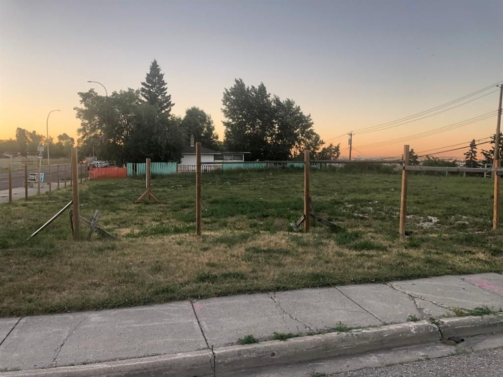 Main Photo: 3704 3708 Centre Street NE in Calgary: Highland Park Residential Land for sale : MLS®# A1125786