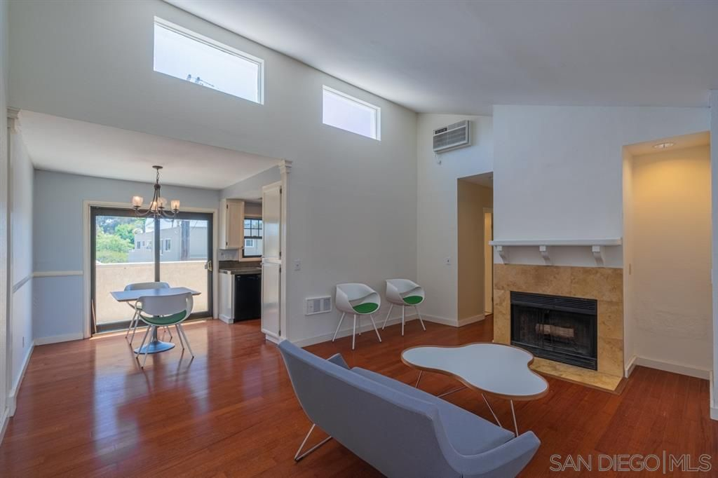 Main Photo: HILLCREST Condo for sale : 2 bedrooms : 1411 Robinson Ave #7 in San Diego