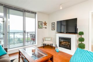 """Photo 8: 1803 280 ROSS Drive in New Westminster: Fraserview NW Condo for sale in """"THE CARLYLE"""" : MLS®# R2376749"""