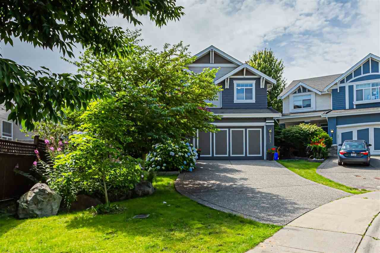 """Photo 2: Photos: 6751 204B Street in Langley: Willoughby Heights House for sale in """"TANGLEWOOD"""" : MLS®# R2557425"""