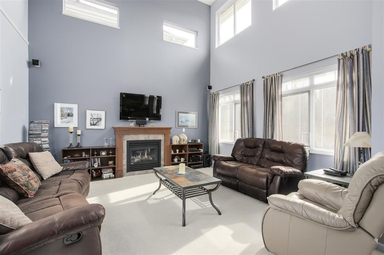 "Photo 9: Photos: 24110 HAWKINS Avenue in Maple Ridge: Albion House for sale in ""MAINSTONE CREEK"" : MLS®# R2140724"