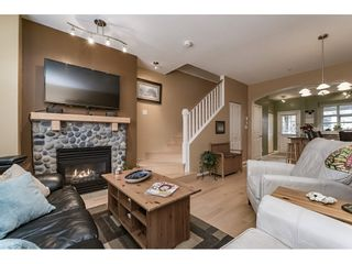 """Photo 6: 242 600 PARK Crescent in New Westminster: GlenBrooke North Townhouse for sale in """"THE ROYCROFT"""" : MLS®# R2158837"""