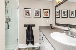 """Photo 20: 105 1379 MERKLIN Street: White Rock Condo for sale in """"THE ROSEWOOD"""" (South Surrey White Rock)  : MLS®# R2590545"""