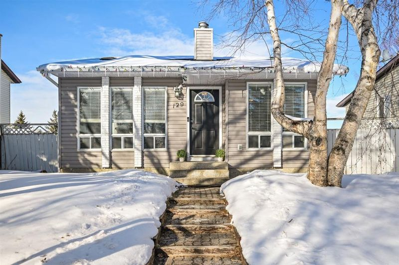FEATURED LISTING: 129 Marquis Place Southeast Airdrie