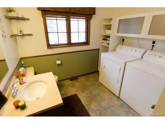 Photo 16: Photos:  in ESTPAUL: Birdshill Area Residential for sale (North East Winnipeg)  : MLS®# 1409100