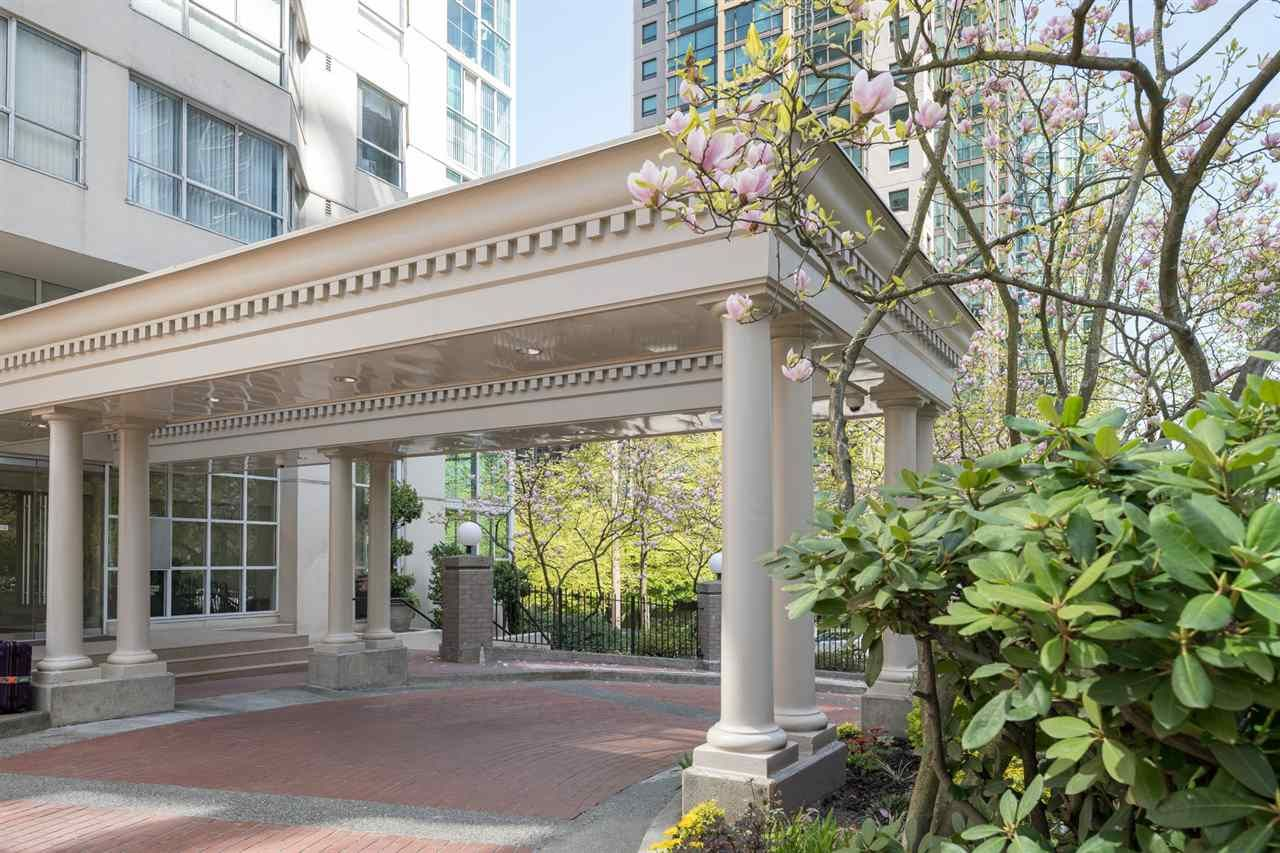 """Main Photo: 1102 717 JERVIS Street in Vancouver: West End VW Condo for sale in """"EMERALD WEST"""" (Vancouver West)  : MLS®# R2262290"""