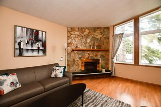Photo 2: 2936 Burgess Drive NW in Calgary: Brentwood Detached for sale : MLS®# A1099154