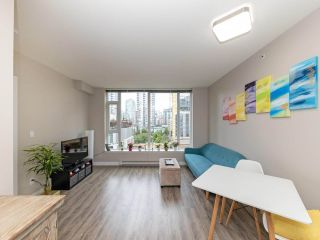 """Photo 9: 901 1133 HOMER Street in Vancouver: Yaletown Condo for sale in """"H&H"""" (Vancouver West)  : MLS®# R2470205"""