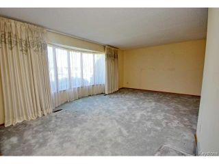 Photo 2: 132 Tu-pelo Avenue in WINNIPEG: East Kildonan Residential for sale (North East Winnipeg)  : MLS®# 1512372