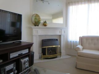 """Photo 4: 214 5363 206 Street in Langley: Langley City Condo for sale in """"PARKWAY II"""" : MLS®# R2130868"""