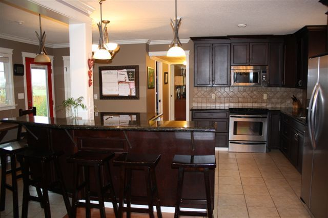 """Main Photo: 7469 WALTERS Street in Abbotsford: Matsqui House for sale in """"2  acres in Matsqui"""" : MLS®# F1127948"""