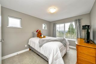 """Photo 24: 25592 BOSONWORTH Avenue in Maple Ridge: Thornhill MR House for sale in """"The Summit at Grant Hill"""" : MLS®# R2516309"""