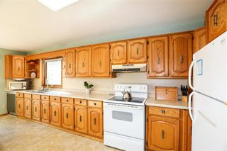 Photo 4: 24068 Dumaine Road in Ile Des Chenes: R05 Residential for sale : MLS®# 202124682