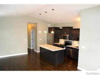 Photo 6: 1158 LINDSAY Street in Regina: Eastview Single Family Dwelling for sale (Regina Area 03)  : MLS®# 574052