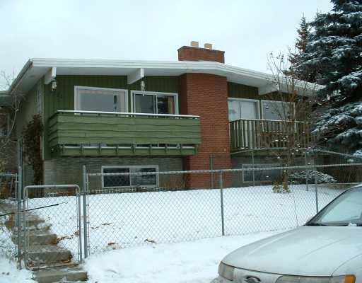 Main Photo:  in CALGARY: Huntington Hills Residential Attached for sale (Calgary)  : MLS®# C3146762