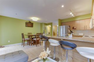 """Photo 15: 26 12711 64 Avenue in Surrey: West Newton Townhouse for sale in """"Palette on the Park"""" : MLS®# R2498817"""