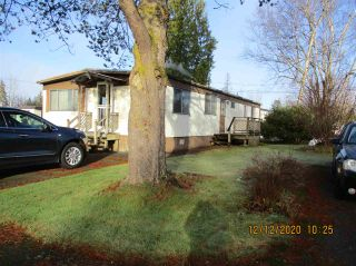 """Photo 1: 10 23141 72 Avenue in Langley: Salmon River Manufactured Home for sale in """"LIVINGSTONE PARK"""" : MLS®# R2523897"""