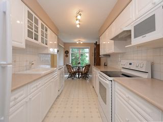 """Photo 7: 110 1140 STRATHAVEN Drive in North Vancouver: Northlands Condo for sale in """"Strathaven"""" : MLS®# R2178970"""