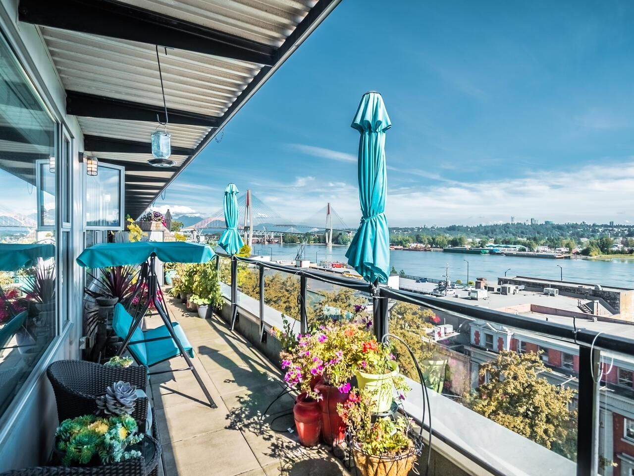 Spacious 315 Sq Ft terrace/deck with sweeping 180 degree views