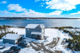 Photo 1: 802 West Pennant Road in West Pennant: 9-Harrietsfield, Sambr And Halibut Bay Residential for sale (Halifax-Dartmouth)  : MLS®# 202103208