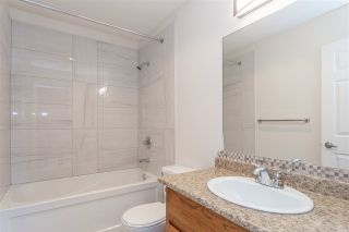 """Photo 14: 8 2475 EMERSON Street in Abbotsford: Abbotsford West Townhouse for sale in """"Emerson Park Estates"""" : MLS®# R2333623"""