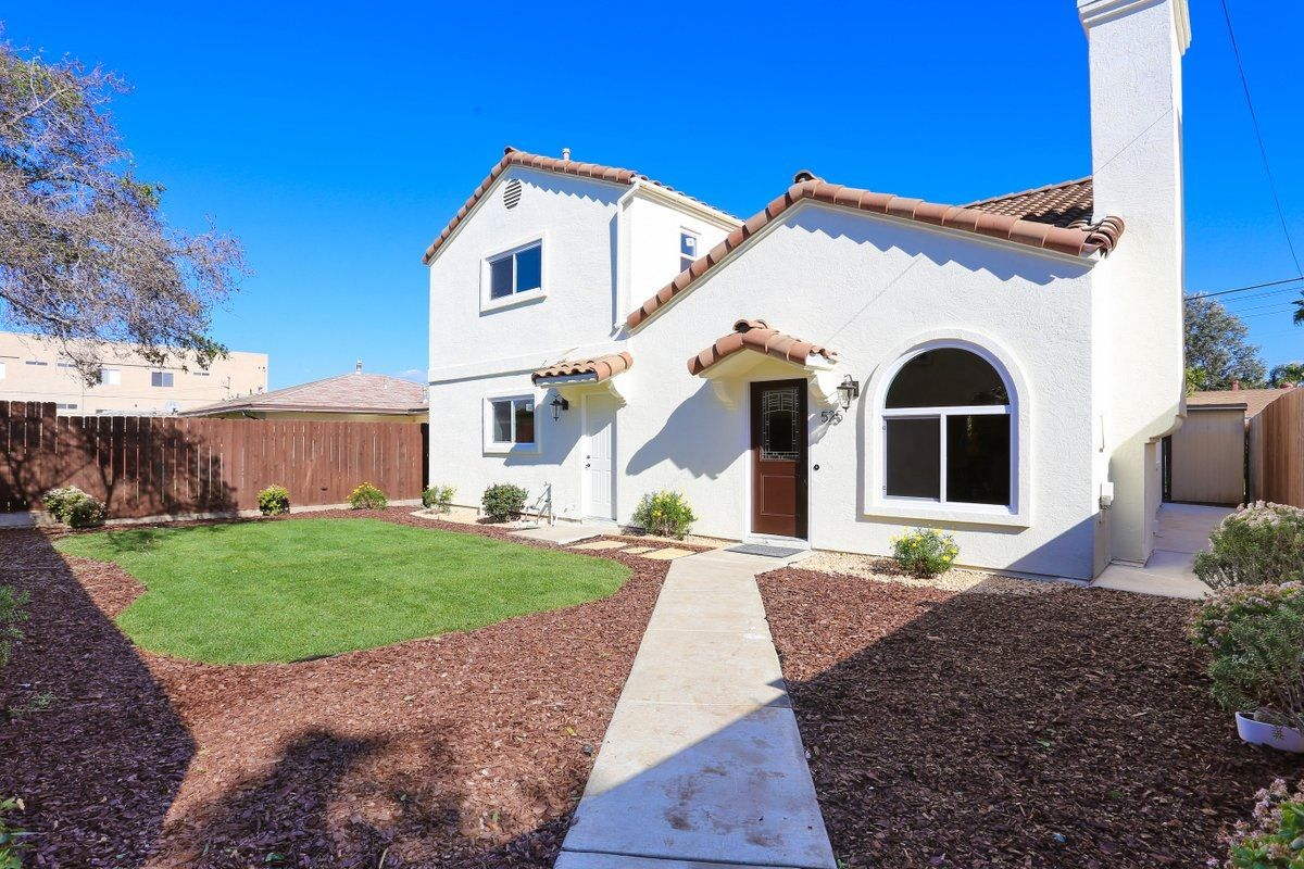 Main Photo: IMPERIAL BEACH House for sale : 3 bedrooms : 525 11th Street