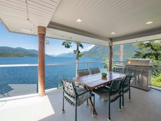 Photo 13: 6129 - 6133 CORACLE Drive in Sechelt: Sechelt District House for sale (Sunshine Coast)  : MLS®# R2456489