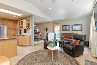 Photo 13: 1207 FOSTER Avenue in Coquitlam: Central Coquitlam House for sale : MLS®# R2586745