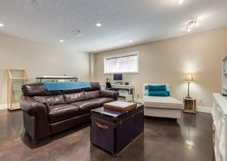 Photo 36: 714 25 Avenue NW in Calgary: Mount Pleasant Semi Detached for sale : MLS®# A1121933
