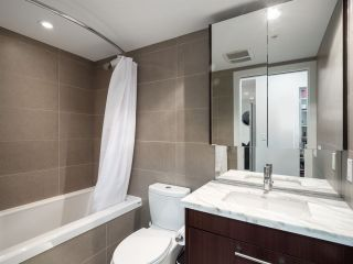 Photo 13: 306 1708 COLUMBIA STREET in Vancouver: False Creek Condo for sale (Vancouver West)  : MLS®# R2341537
