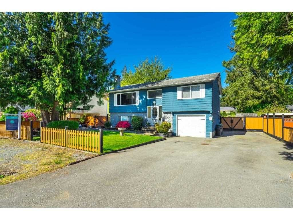 Main Photo: 3647 197A Street in Langley: Brookswood Langley House for sale : MLS®# R2578754