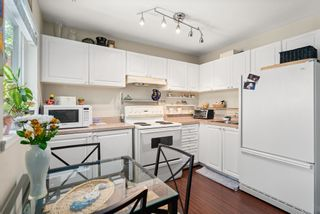 """Photo 38: 828 PARKER Street: White Rock House for sale in """"EAST BEACH"""" (South Surrey White Rock)  : MLS®# R2607727"""