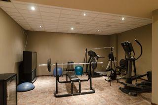 Photo 57: 71 McDowell Drive in Winnipeg: Charleswood Residential for sale (South Winnipeg)  : MLS®# 1600741