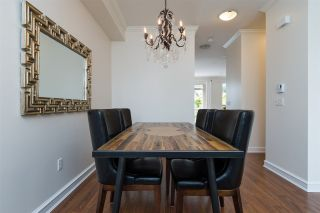 """Photo 5: 129 2738 158 Street in Surrey: Grandview Surrey Townhouse for sale in """"CATHEDRAL GROVE"""" (South Surrey White Rock)  : MLS®# R2306051"""