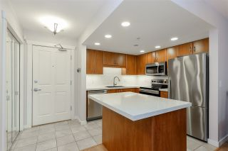 "Photo 3: 102 285 NEWPORT Drive in Port Moody: North Shore Pt Moody Condo for sale in ""THE BELCARRA"" : MLS®# R2190013"