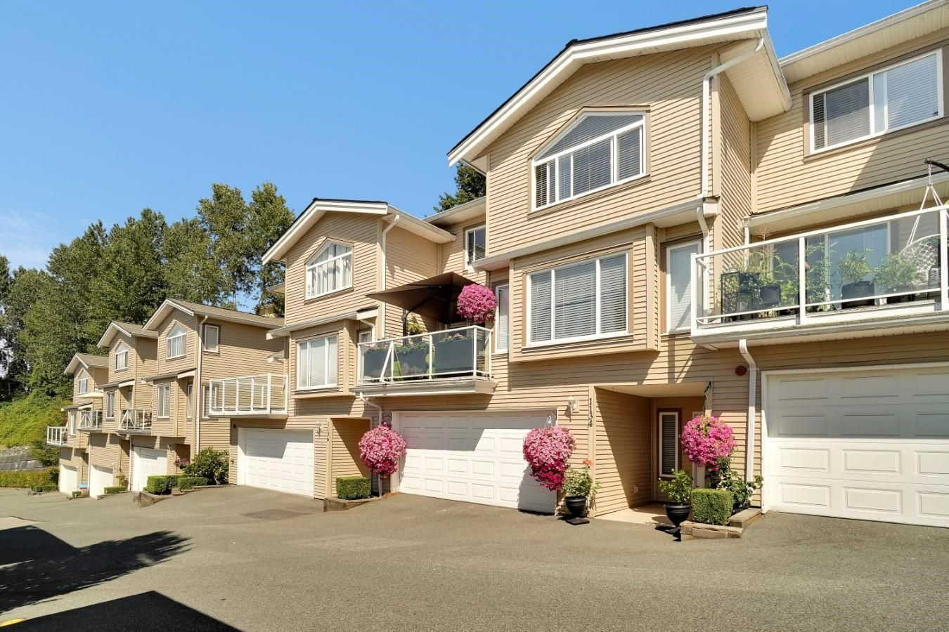 Main Photo: 1134 BENNET Drive in Port Coquitlam: Citadel PQ Townhouse for sale : MLS®# R2603845