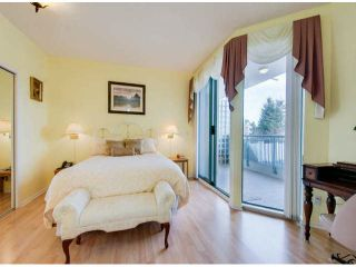 """Photo 9: 201 1705 MARTIN Drive in Surrey: Sunnyside Park Surrey Condo for sale in """"Southwynd"""" (South Surrey White Rock)  : MLS®# F1404633"""