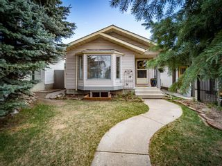 Photo 2: 215 Millcrest Way SW in Calgary: Millrise Detached for sale : MLS®# A1103784