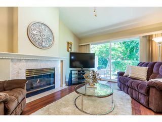"""Photo 5: 106 19649 53 Avenue in Langley: Langley City Townhouse for sale in """"Huntsfield Green"""" : MLS®# R2595915"""