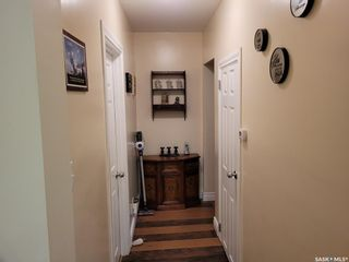 Photo 8: 1502 1st Avenue North in Saskatoon: Kelsey/Woodlawn Residential for sale : MLS®# SK870816