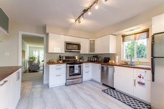 Photo 7: 2171 STIRLING Avenue in Port Coquitlam: Glenwood PQ House for sale : MLS®# R2447100